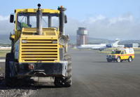 Bomag MPH122 recycling airport taxiway